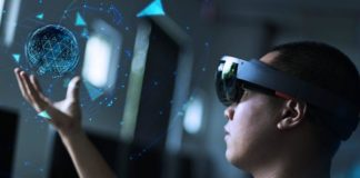 Virtual Reality is Getting a Boost from Blockchain Technology