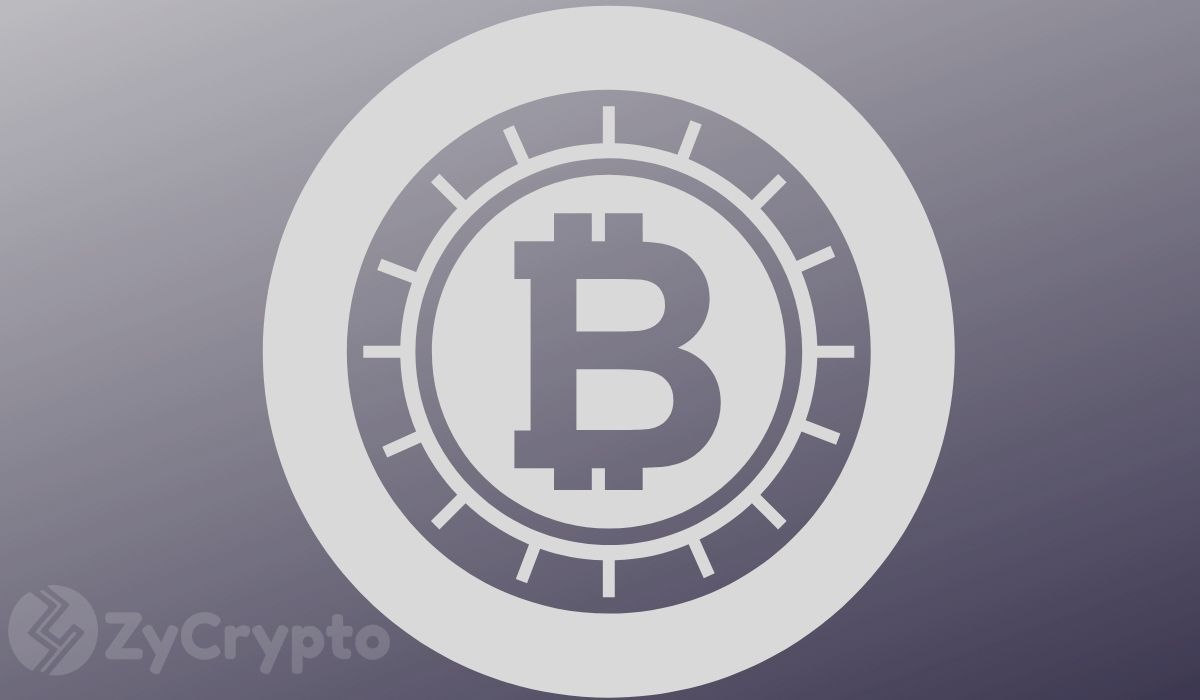 Bitcoin Whitepaper Marks Eleventh Anniversary With A $1 Billion BTC Network Transaction Fee Milestone